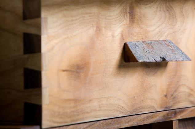 dovetails drawer